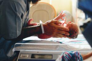 Ciężki stan urodzeniowy noworodka